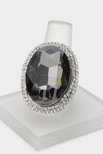 Large Oval Crystal Stretch Ring - The Best Accessory