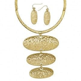 Embossed Oval Trio Layer Necklace Set - The Best Accessory