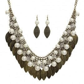 Pearl, Crystal & Leaf Layer Necklace Set - The Best Accessory