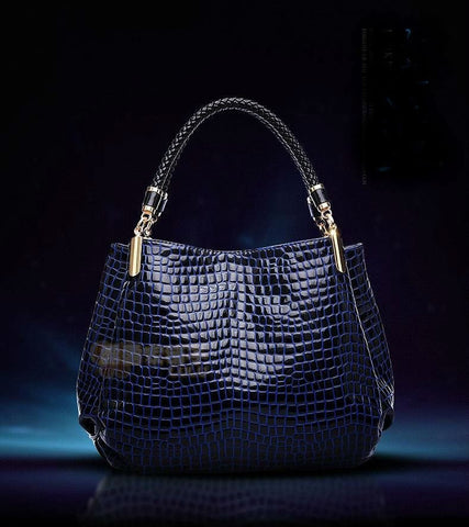 Crocodile Patterned Shoulder Bag - The Best Accessory  - 2