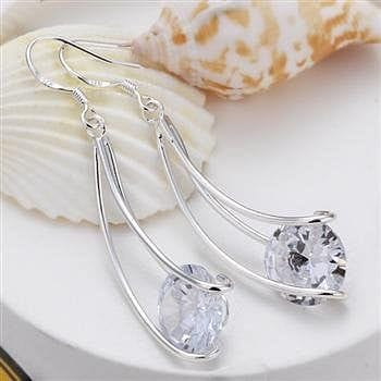 925 Sterling Silver w/Crystal Earring - The Best Accessory
