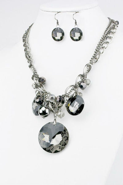 Circles in Crystal Necklace Set - The Best Accessory