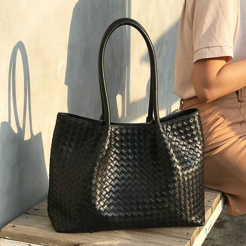 Large Luxury 100% Sheepskin Leather Woven HandBag - The Best Accessory