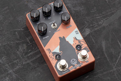 The Monument Harmonic Tremolo V2 gets an Editors Choice from Guitar.com!