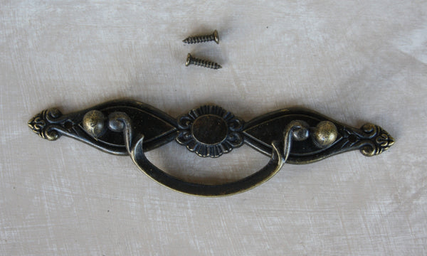 Antique look Pantry drawer swing pull 136mm x 35mm - Da Vinci Chalk Paint & Rustic home decor