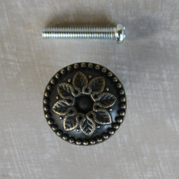 Old look daisy pull for drawers 24mm diameter - Da Vinci Chalk Paint Creative painting