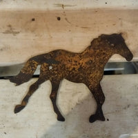 Running Horse- made from thick rusty steel (17cm x 11.5cm) - Da Vinci Chalk Paint Creative painting