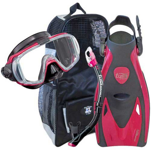 Red Traveling Snorkeling Gear