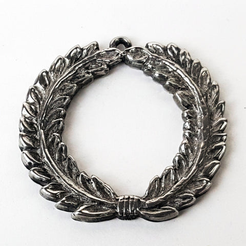 Laurel Wreath Pendant