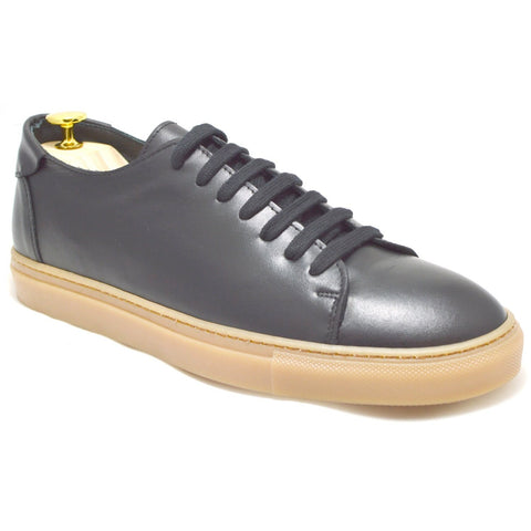Sneakers Otranto, black leather, amber sole, made in italy, ofanto italy