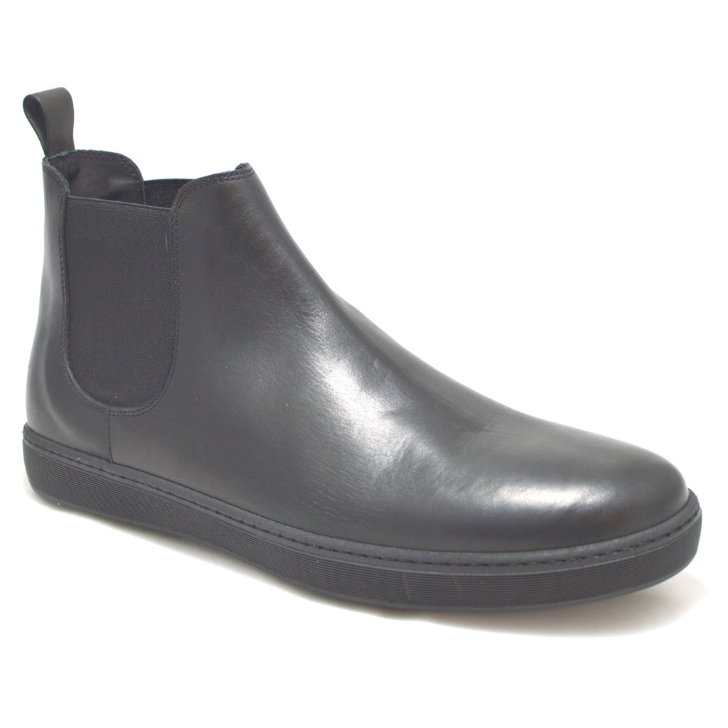Italian Beatles Boots made in soft black leather with a black rubber sole