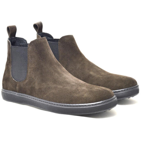 Italian Beatles Boots made in soft brown suede with a black rubber sole