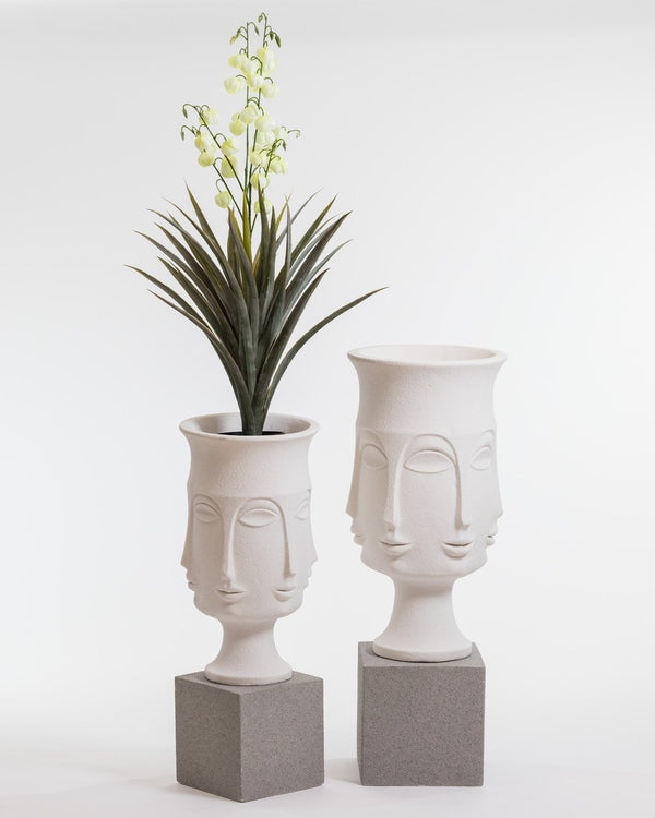 "37"" Chic Nefertiti Planter"