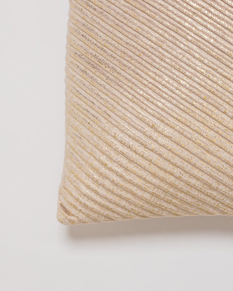 "18"" x 18"" Brille Pillow -Dk. Cream/Gold"