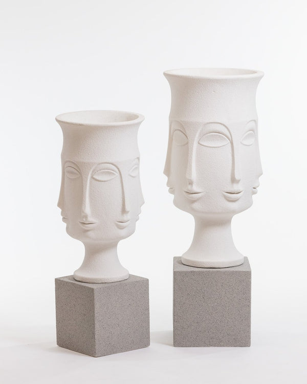 "44"" Chic Nefertiti Planter"