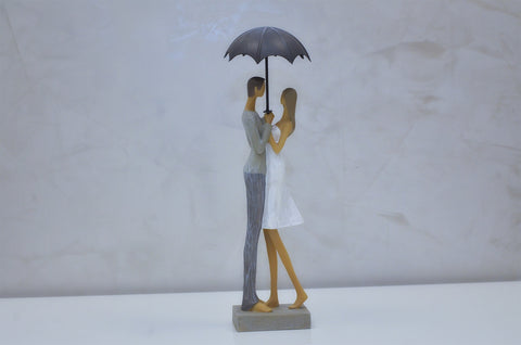 "Nantes Couple w/ Umbrella - 13""H"