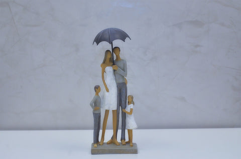 "Nantes Family w/ Umbrella - 12""H"