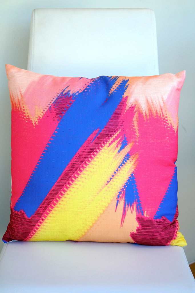 "Tropics Cushion - Primarios Color Mix 18"" x 18"""