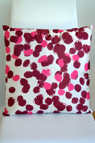 "Pintura Cushion - Vino Color Mix 18"" x 18"""