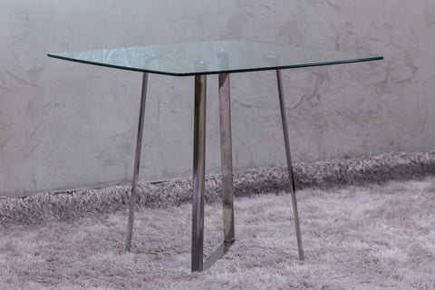 "Reflections Square Dinning Table 35"" x 35"""