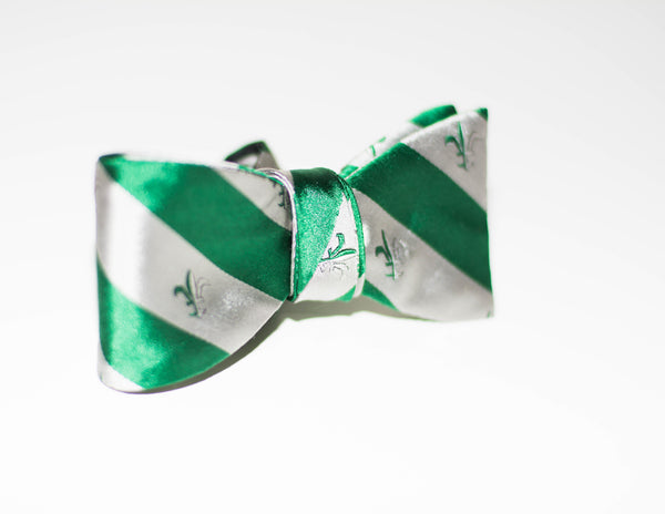 White Lily Bow Tie