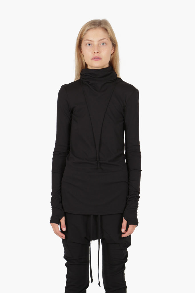 Pointed Turtleneck