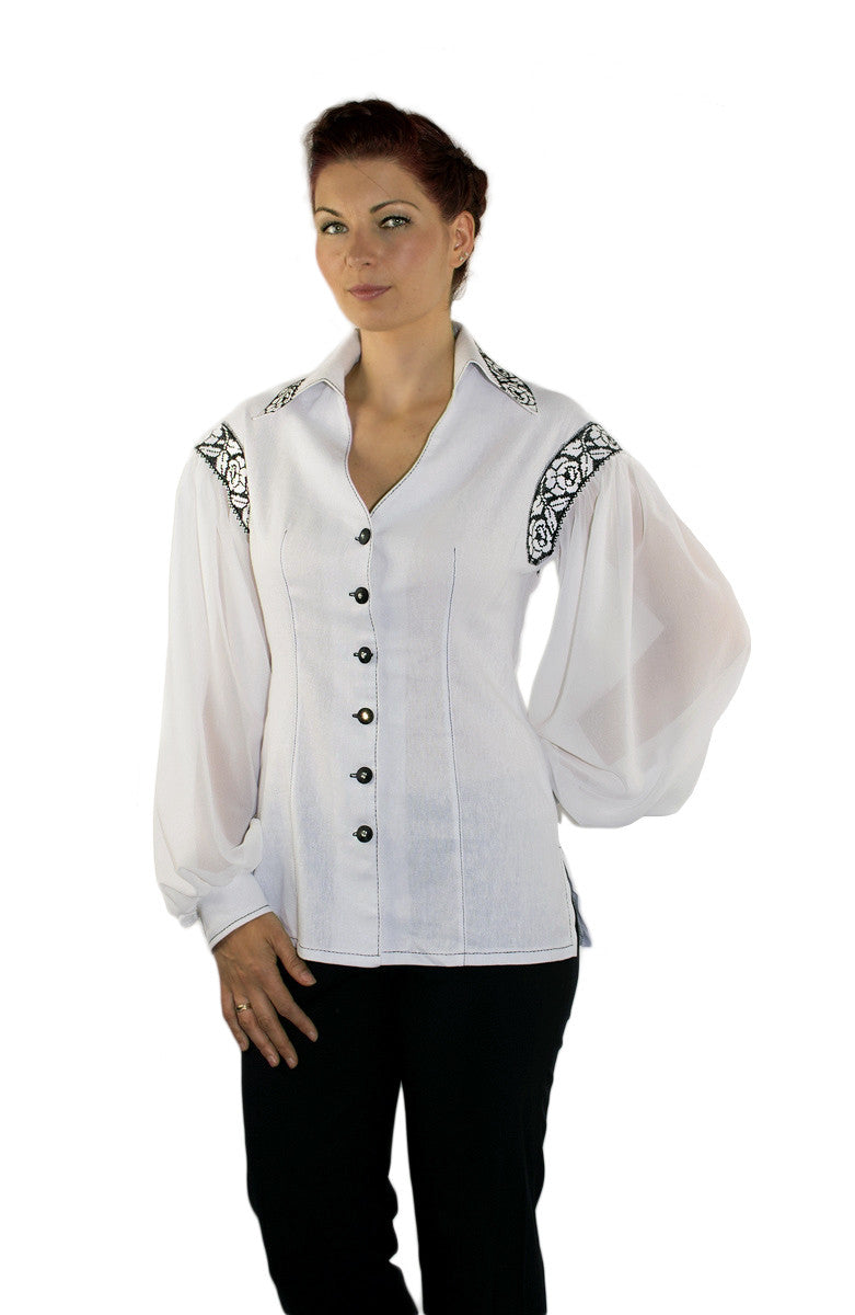 Balance Linen blouse with black lace