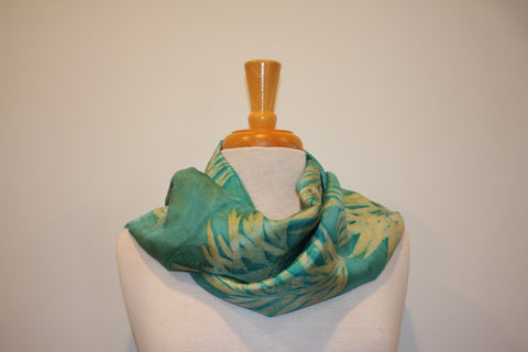 SB Collection Cream and Seafoam Green Silk  Nature Imprint