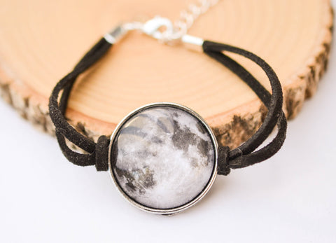Full Moon Bracelet - Livin' Freely  - 1
