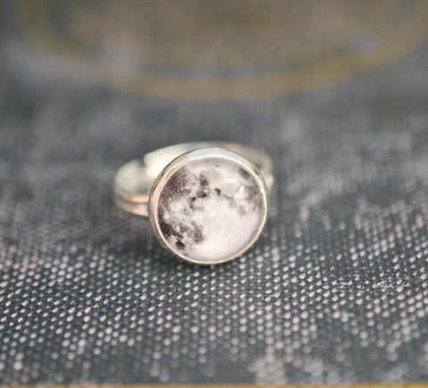 Silver Full Moon Ring - Livin' Freely  - 1