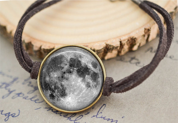 Bronze Full Moon Bracelet - Livin' Freely  - 1
