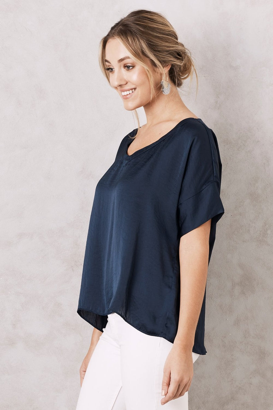 Bianca Top - V Neck - Navy - Nolan & Co