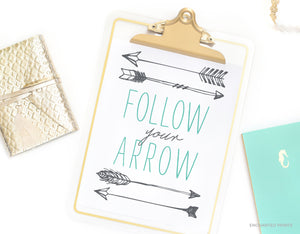 Follow your arrow (blue/gray)