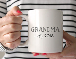 Grandma or Grandma-to-be Pregnancy Announcement Mug