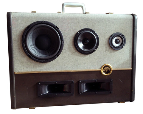 """The Oaklander"" Vintage Suitcase Boombox"