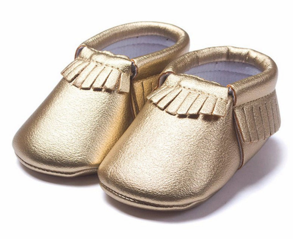 Our Gold baby moccasins are the flashy footwear your little one needs! Handcrafted with genuine leather and backed by our % Lifetime Guarantee. Our Gold baby moccasin is the perfect shoe for little ones with flair and style/5(32).