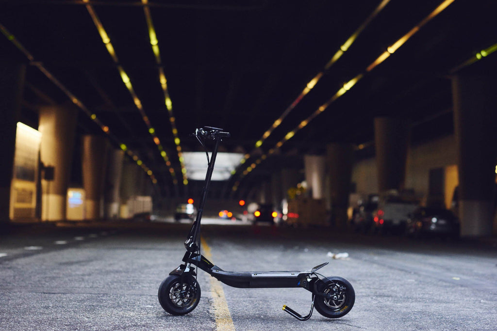 Rion light powerful fast e-scooter