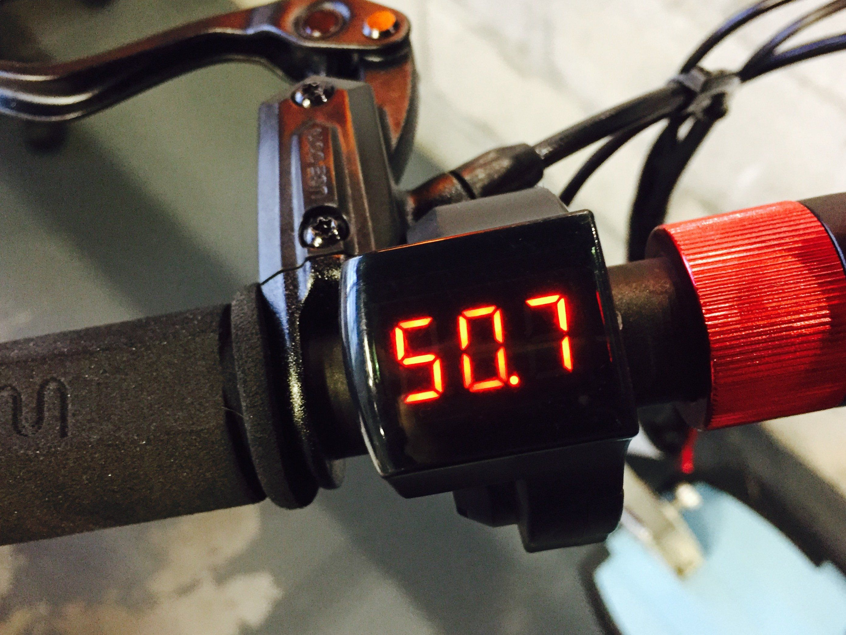 Key Lock Ignition with Voltmeter