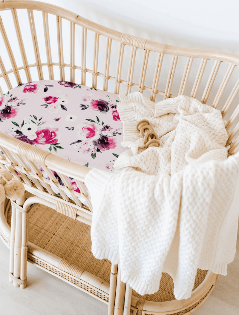 Floral Kiss - Bassinet Sheet & Change pad cover - Snuggle Hunny Kids