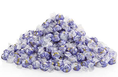 Lindt Lindor Blueberries and Cream