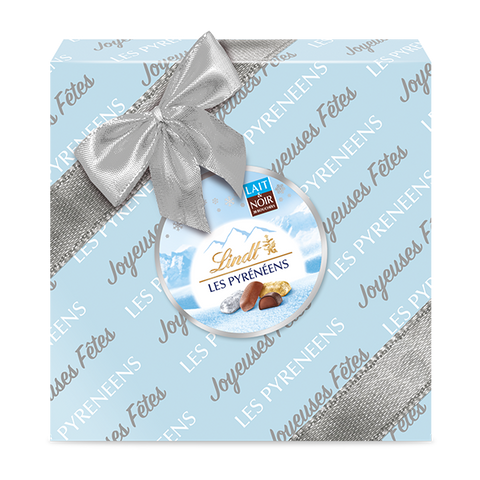 Lindt Les Pyrénéens Milk & Dark Chocolate Wrapped Gift Box (204g)