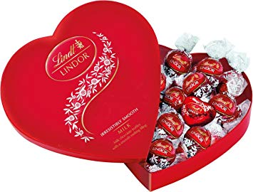 Lindt Lindor Milk Chocolate Valentines Day Heart Gift Box (160g)