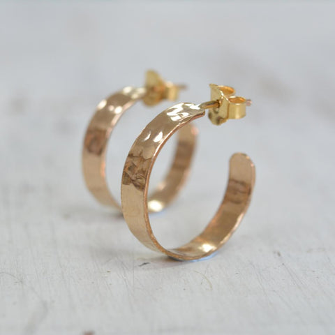 Gold Hoop Earrings 14k Gold Filled Hammered Hoops Wide 5mm Wrap Hoops for Women Large Gold Hoops