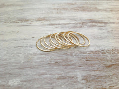 Thin Gold rings set of 5