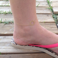 Tiny circle anklet
