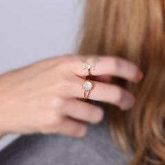 Moonstone ring gold