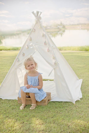 whispery-white-kids-teepee-blue-tassels-mat-set