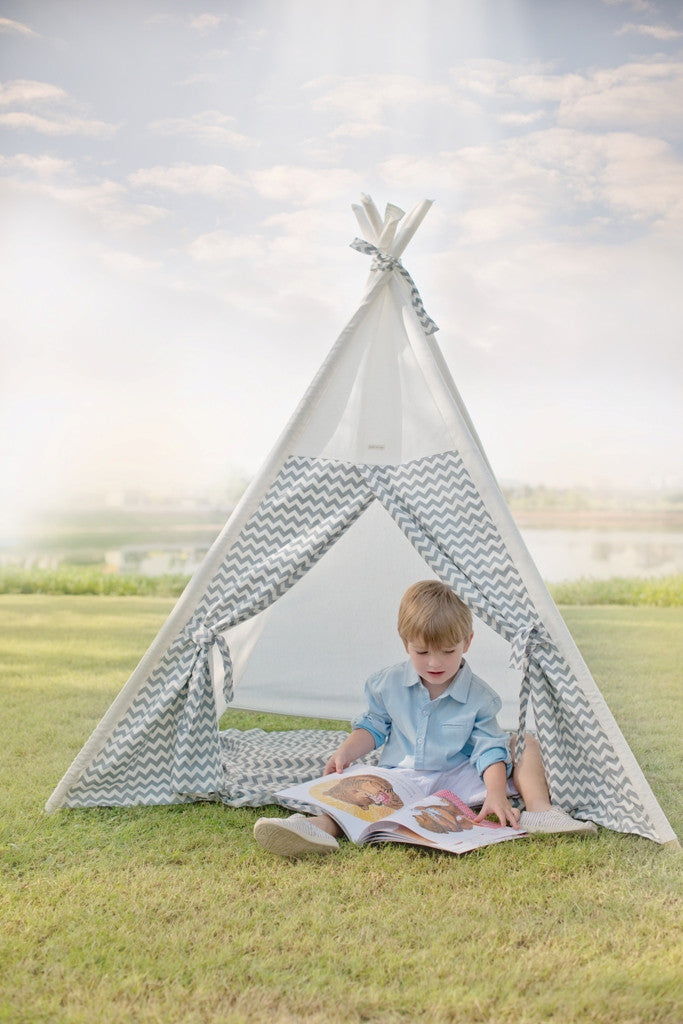 dreamy-white-kids-teepee
