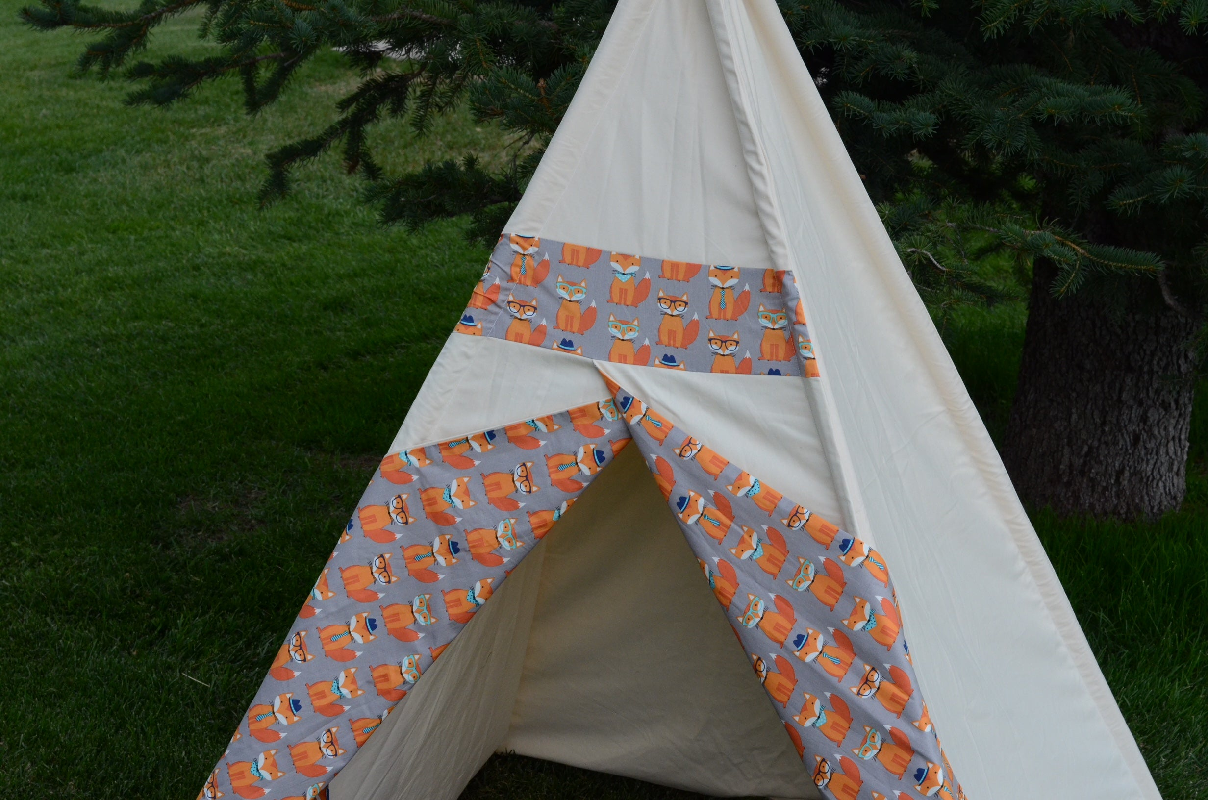 organic-kids-teepee-with-fox-print