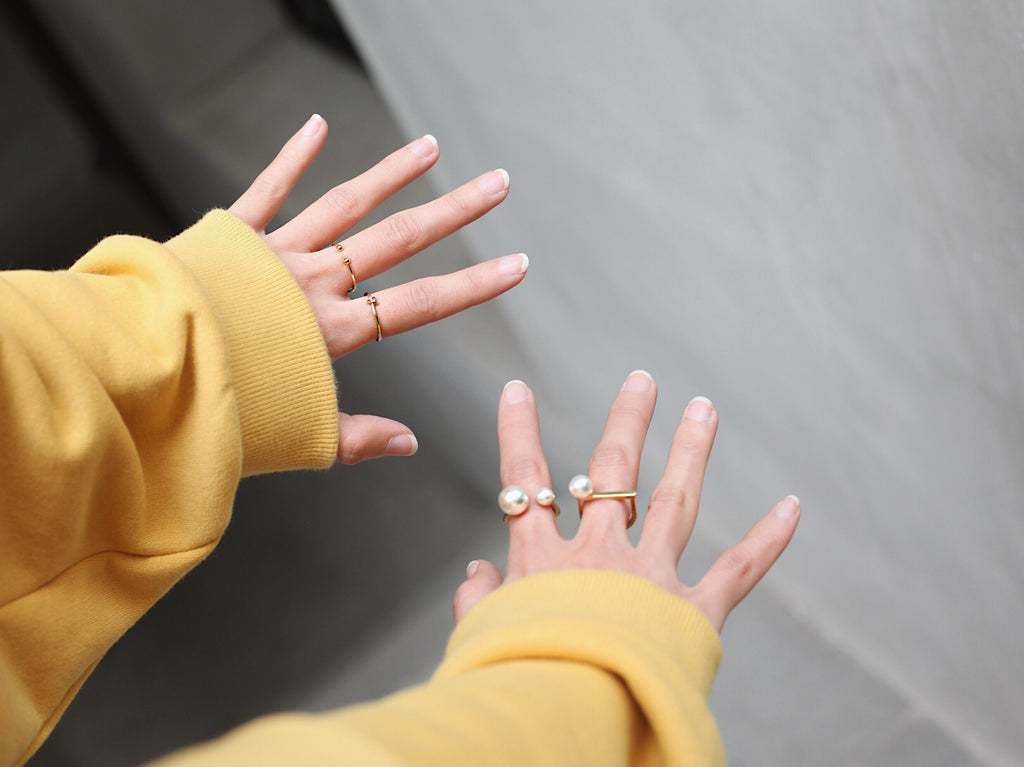 Min & Mia Gold Minimal Rings Jewelry MinandMia How to Style Korean